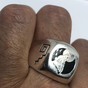 VINTAGE WOLF MOON MENS RING